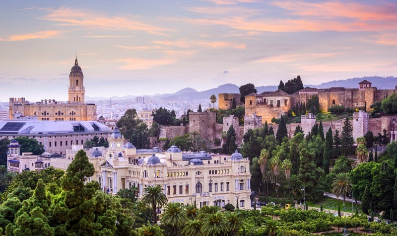 Málaga: Home of History and Culture